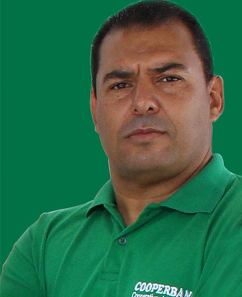 CARLOS UMBERTO DE FARIAS